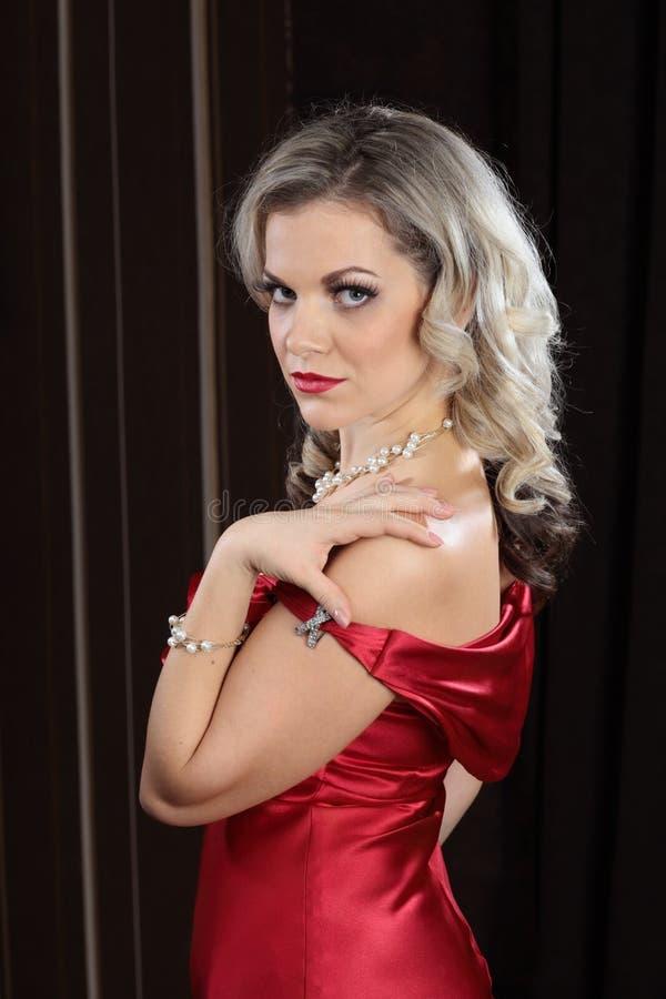 Femmes célibataires affectueux belle sensuelle lamour